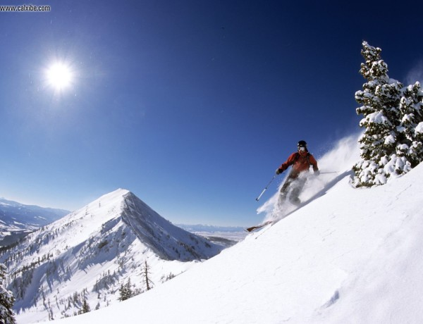 Telemark_Skiing_in_the_Bridger_Mountains_Montana